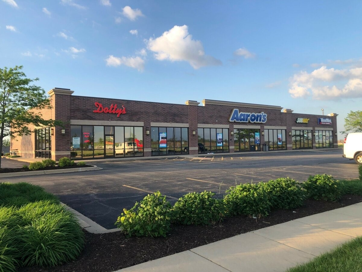 Main Photo For Retail/Commercial - Gateway Center