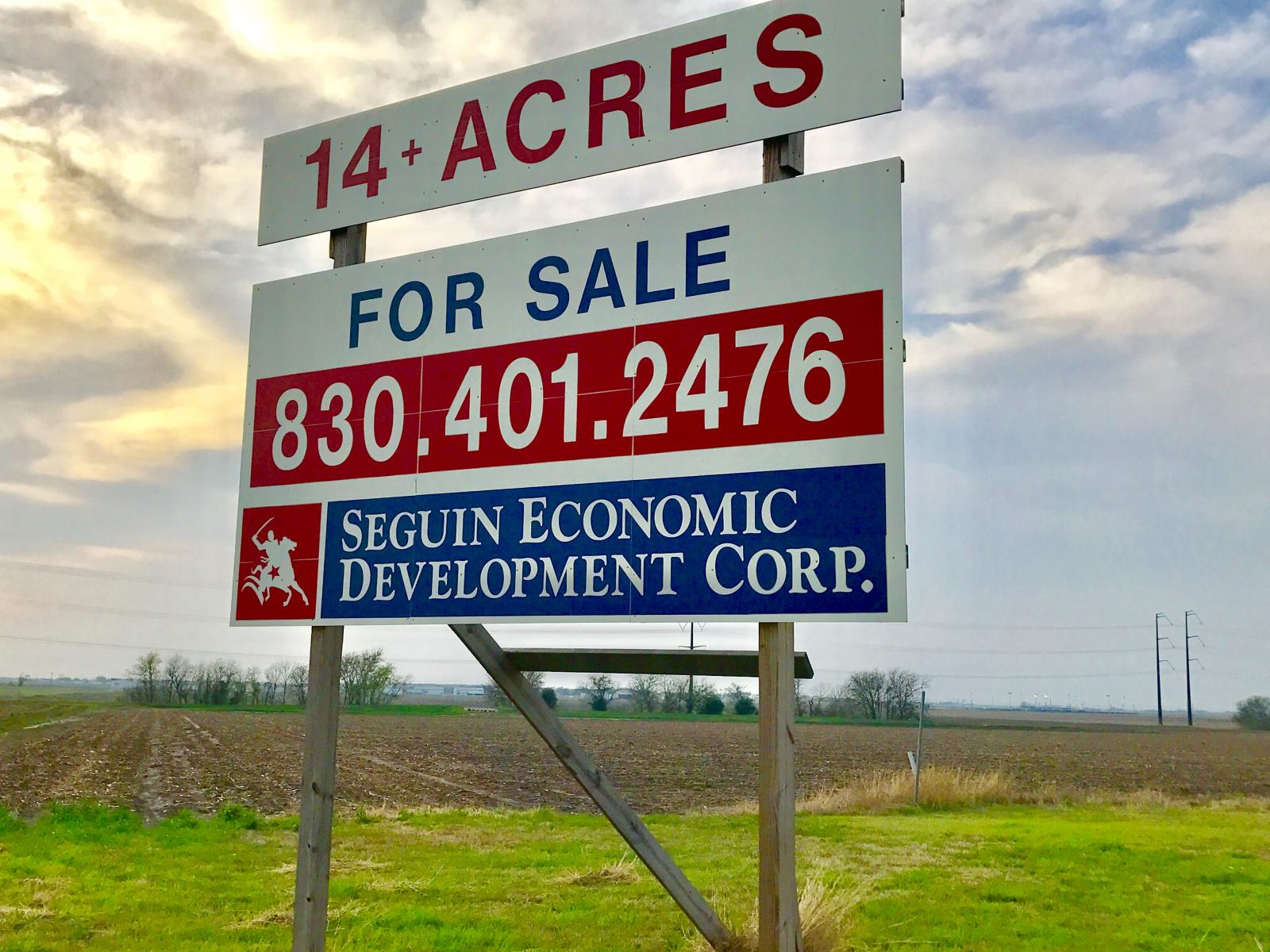 Grein Place 14+ Acre Site with I-10 Frontage  Seguin, Texas Photo