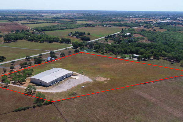 27,710 SF Building: Former Cold Storage and Bakery Facility Photo