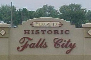 about falls city