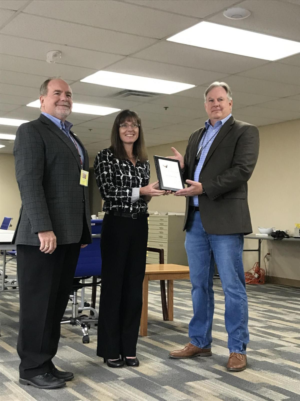 Ohio Aviation Association Honors LGSTX as 2021 Airport Business of the Year Main Photo