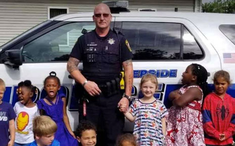 children and police car