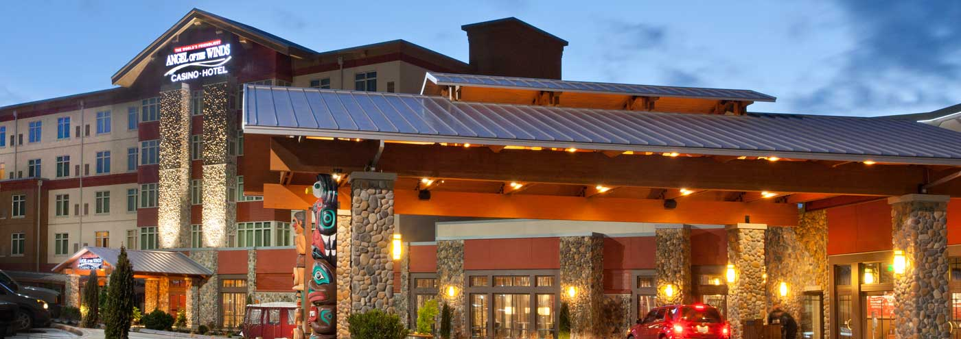 Angel of the Winds Casino Hotel exterior