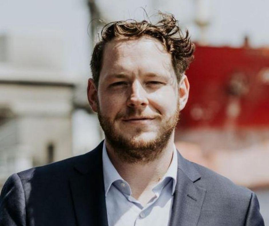 Client Spotlight - Ian Vincent Main Photo