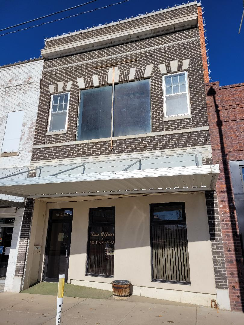 Main Photo For Downtown York - Commercial Building