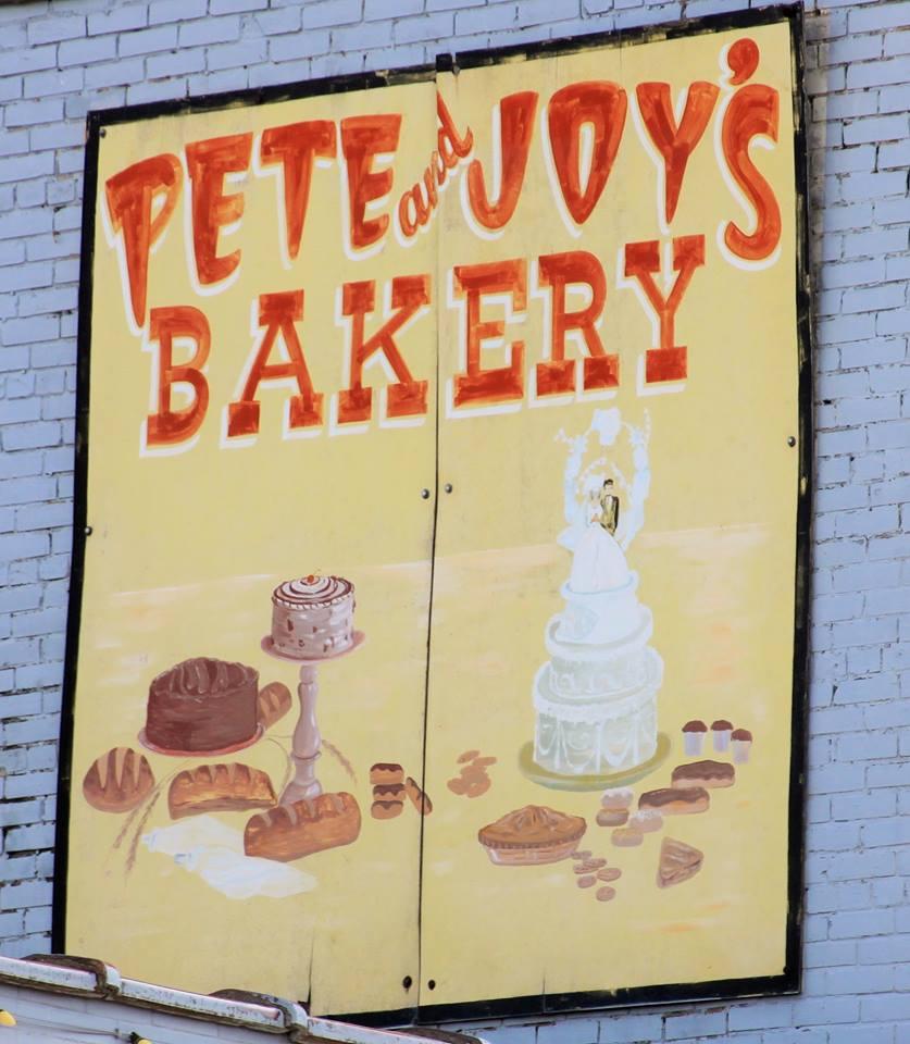 Pete & Joy's Bakery Logo